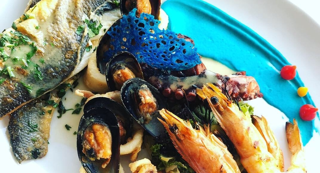 seafood restaurant in pefkos